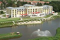 Polus Palace Thermal Golf Club Hotel - God - Hungary