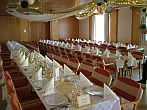Beautiful and elegant private room in Szilvasvarad for wedding events