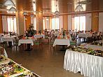 Plenty of delicious food at the Szalajka Liget Hotel**** restaurant